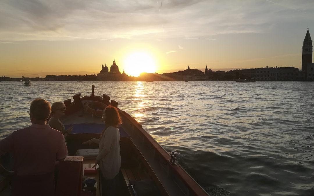 Photo tour at sunset